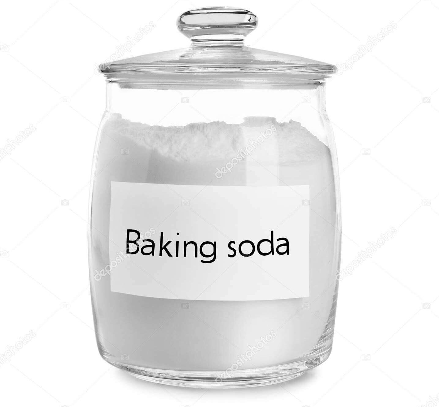 clean-shower-head-with-baking-soda