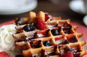 Best Thin Waffle Maker Reviews 2020